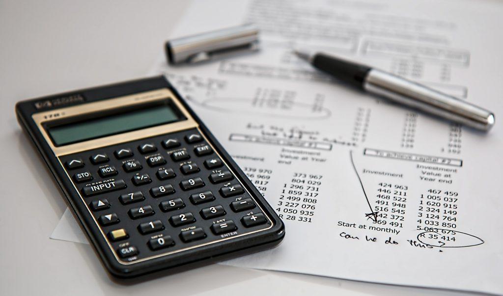 Dudas y novedades sobre la declaración de la renta-PIXA